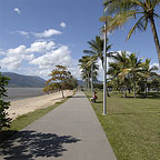 CAIRNS ESPLANADE WALKING PATH