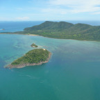 DUNK ISLAND FROM SCENIC FLIGHT