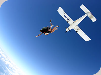 Skydive Cairns  - FANTASTIC FREEFALL!