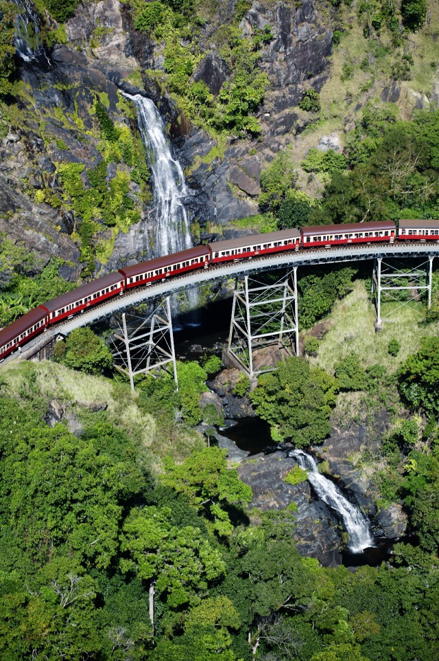 Kuranda Scenic Railway Skyrail Tour