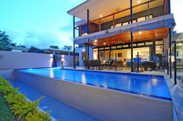 Cairns Info Com - Bramston Beach Holiday House