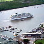 CRUISE SHIP HEADING FOR TRINITY WHARF